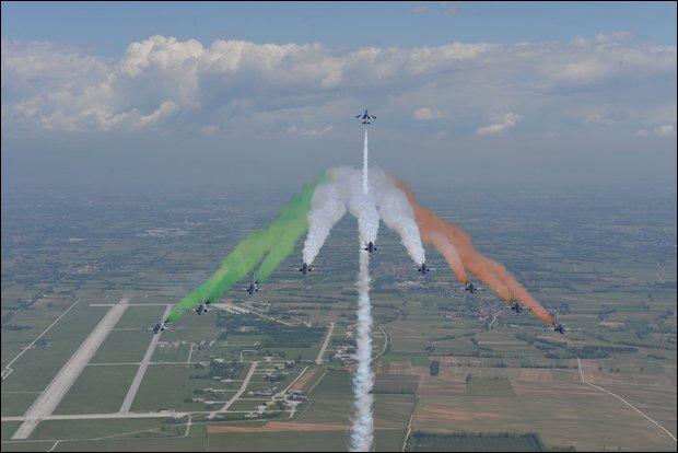 Le Frecce Tricolori a Tortolì Domenica 11 Agosto 2013
