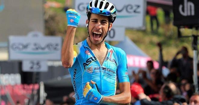Fabio Aru centra l'impresa al Giro d'Italia