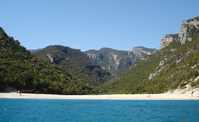 Cala Sisine - Ogliastra (foto Wikipedia)