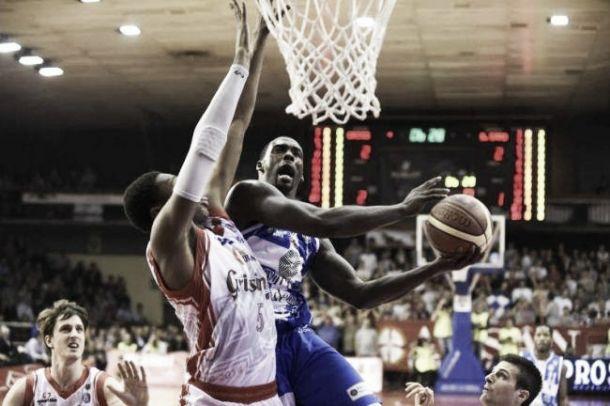 Basket, Finale Scudetto: la Dinamo va a Reggio Emilia per fare la storia!