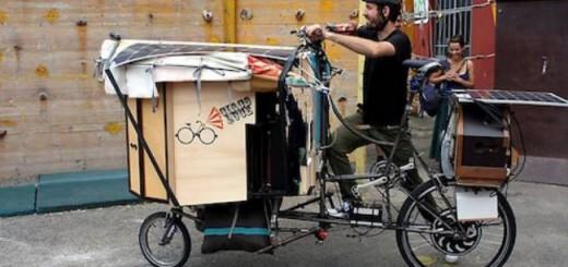 Il Circo Luce sbarca in Sardegna: la magia del teatro in bicicletta - Dal 12 al 23 Agosto 2015