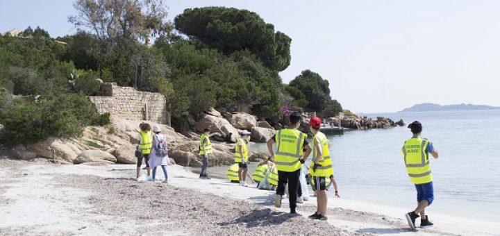 Adotta una spiaggia: L'iniziativa del Comune di Arzachena e del Consorzio Costa Smeralda